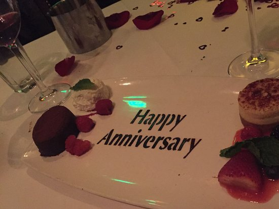 The Capital Grille: Sweet touch!