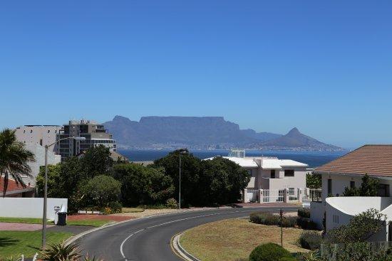 Bloubergstrand, Sudáfrica: Main Street View