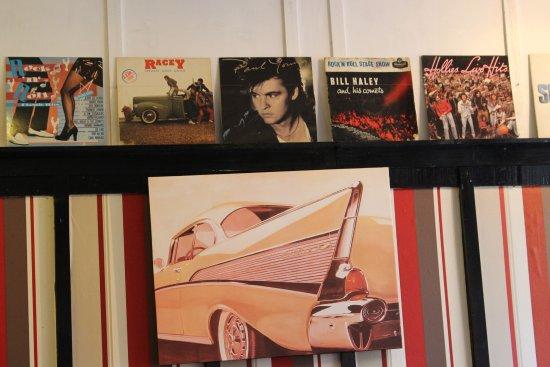 Hornsea, UK: Cafe Mellar albums