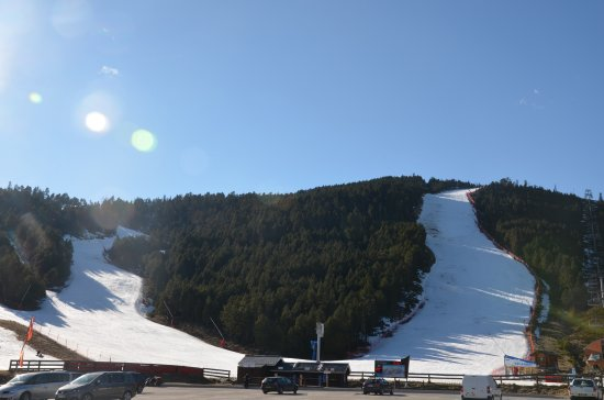 Les Angles, France: pistes de ski
