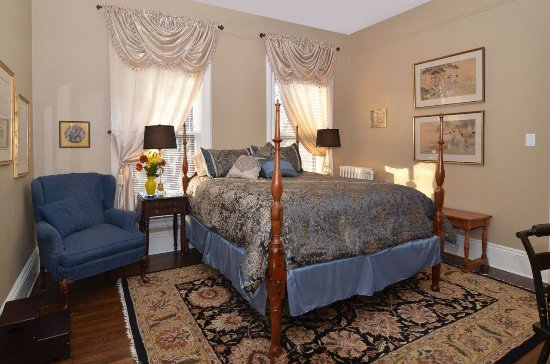 Corban Manor Inn Bed And Breakfast