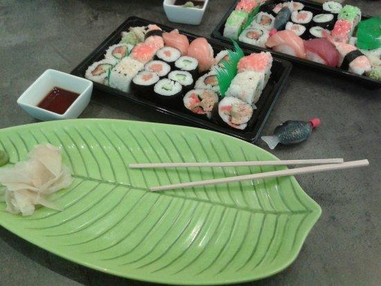 Isernhagen, Almanya: Das Sushi von Mister Pham das frisch und lecker.