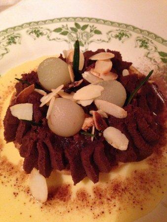 Chateau de la Bourdaisiere: Sablé poire chocolat