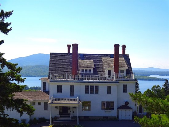 Greenville, ME: The perfect setting for gorgeous lake and mountain views