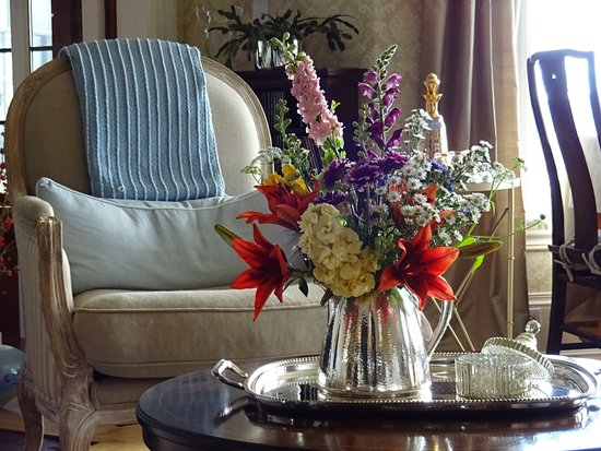 Greenville, ME: Bouquets abound