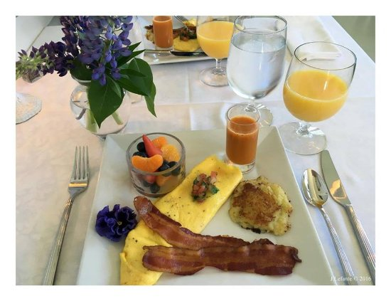 Greenville, ME: Breakfasts are an experience of their own