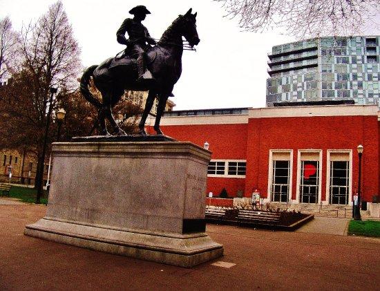 South Park Blocks: Roosevelt and the Portland Art Museum
