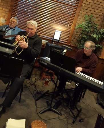 Lake City, MN: jazz trio