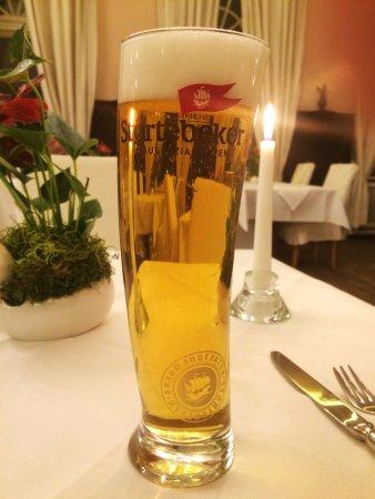 Störtebeker pilsner on draft – yes, the 0.5L glass in slightly curved!