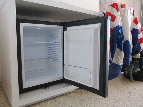 Mini Kühlschrank Für Schreibtisch : Schreibtisch balkon und tv zim. 632 bild von smartline