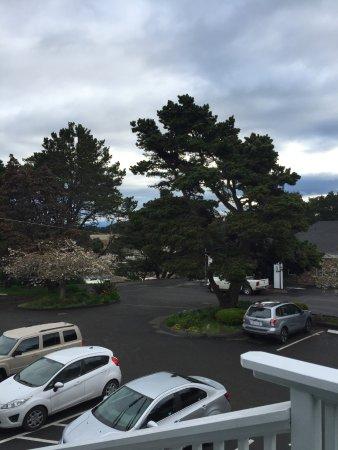 BEST WESTERN Vista Manor Lodge: Beautiful tucked away location