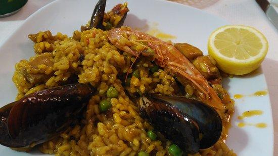 Premia de Mar, Spanien: Restaurant Alacant