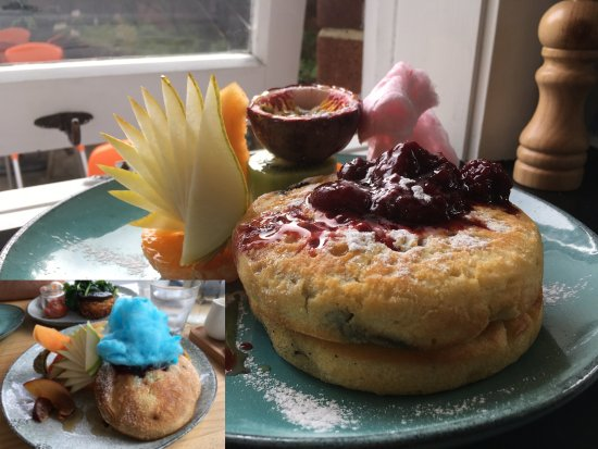 Titirangi, New Zealand: Had Pancakes at least twice
