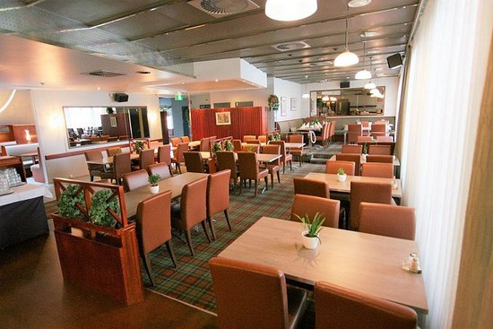 Vantaa, فنلندا: The KULMA Restaurant welcomes you daily for Breakfast and Dinner
