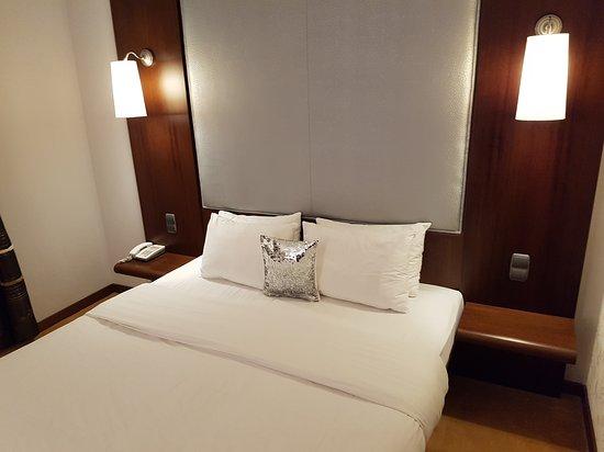 Friday Hotel Prague: 20170319_211007_large.jpg
