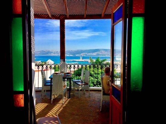 Aziz Benami Private Guide Tangier : Restaurant view