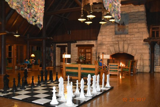 Grafton, IL: lobby inside lodge huge chess set and great inviting fireplace