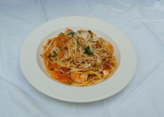Flemington, Nueva Jersey: Shrimp and crab linguine