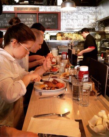 Photo of American Restaurant Buffet de l'Antiquaire at 95 Rue Saint Paul, Quebec City G1K 3V8, Canada
