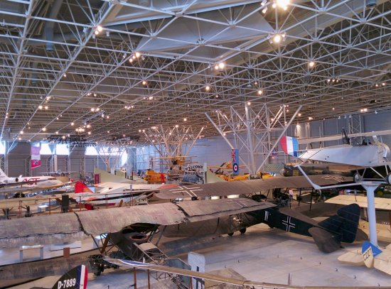 Musée de l'aviation et de l'espace du Canada : Looking down on museum floor (still more aircraft out of frame)