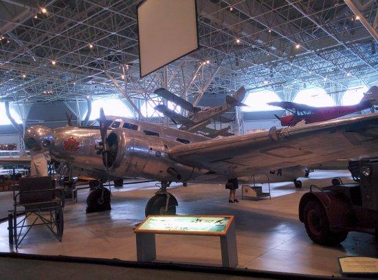 Musée de l'aviation et de l'espace du Canada: Old TCA Electra?