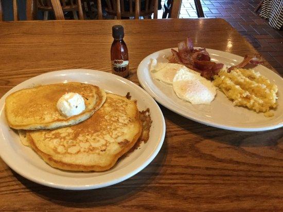 Flint, MI: Bacon, eggs and pancakes for breakfast!