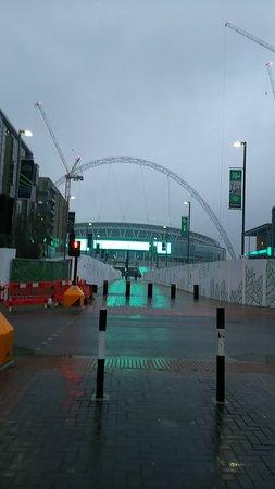 Wembley, UK: DSC_0592_large.jpg
