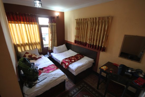 Elbrus Home: Double room with private bath.