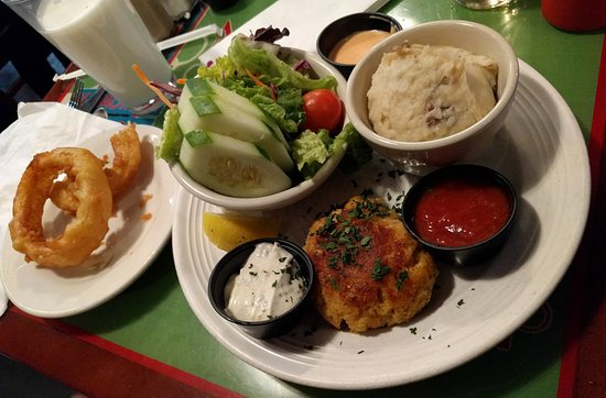 Hyattsville, MD: Maryland Crabcake