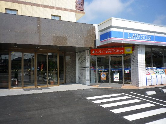HOTEL Kuretake Inn Kikugawa Interchange : コンビニ併設