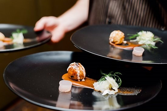 Albury, Australia: join us for degustation every Sturday night