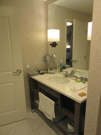Evansville, IN: King Room bathroom vanity