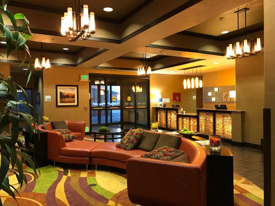 Holiday Inn Express Hotel & Suites Denver Northeast - Brighton: photo0.jpg