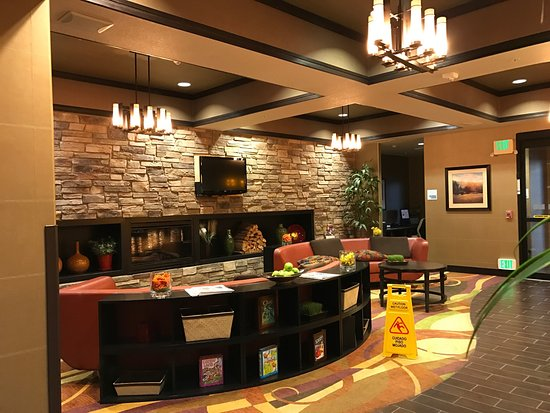 Holiday Inn Express Hotel & Suites Denver Northeast - Brighton: photo1.jpg