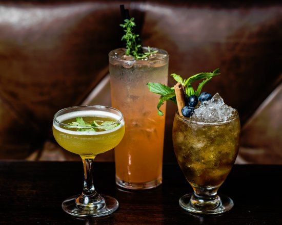 Greater Sydney, Australia: Potts Point Hotel - Cocktails