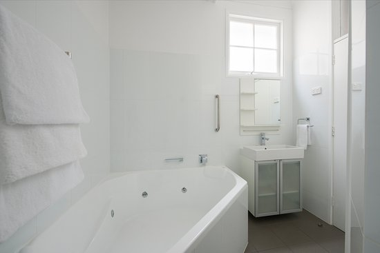 Seawall Apartments: Olive Mews, a Spa Suite apartment