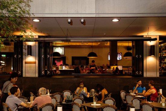 Сидней и окрестности, Австралия: Potts Point Hotel - Outdoor Dining Area