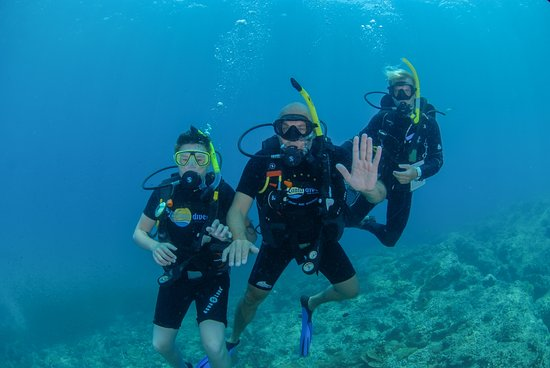 Lanta Diver: Axel, Niklas (me) and the legend Markus