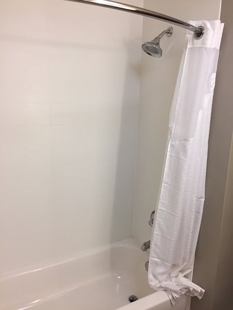 Hermiston, OR: Shower