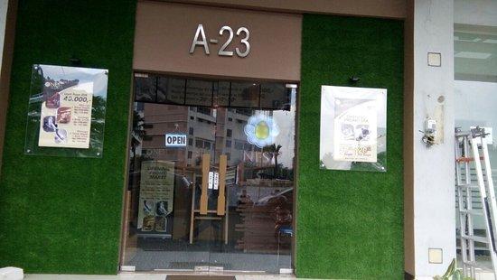 NEST Family Reflexology & Spa Summarecon Bekasi