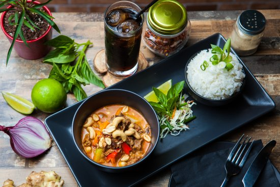 Southport, Australie : Slow Cooked Beef in Massaman Curry