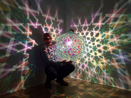 Zakay Glass Gallery
