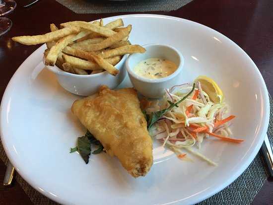 The pacific restaurant victoria james bay restaurant for Eds fish and chips