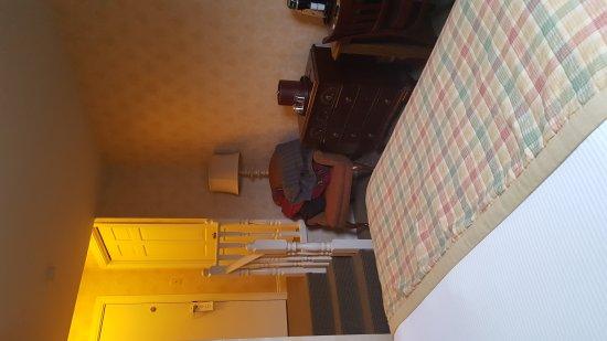 Moffat Inn: 20170325_154243_large.jpg