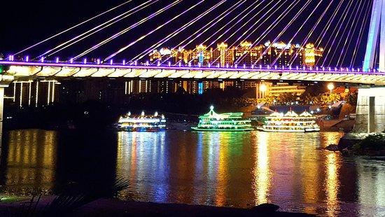 Jinghong_Mekong Party Boats near Xishuangbanna Bridge