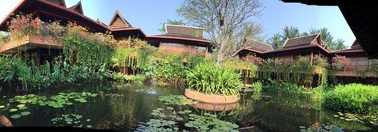 Angkor Village Hotel: Village-Ambiente