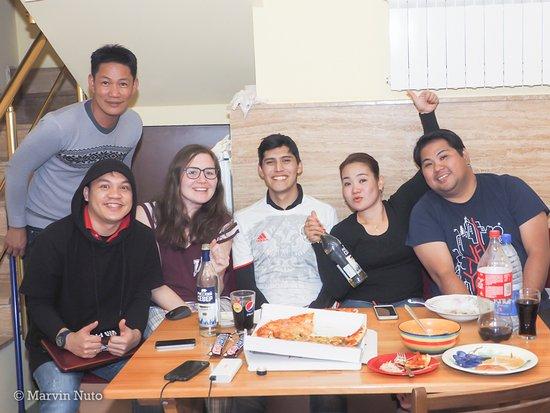 Yerevan Hostel: Dining/Kitchen area, March 20, 2017. Me, Larry, Bianca (Austria), Diego (Mexico), Sherilyn, Jame