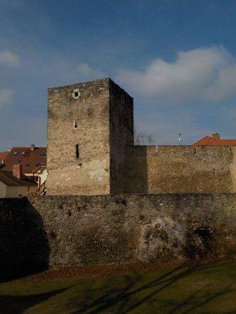 Znojmo fortifications: am Znaimer Turm-/Befestigungsrundgang