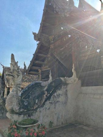 Hang Dong, Thailand: Wat Ton Kwen (Wat Intharawat)