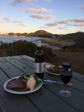 Bicheno, Australia: Sunset dinner - perfection
